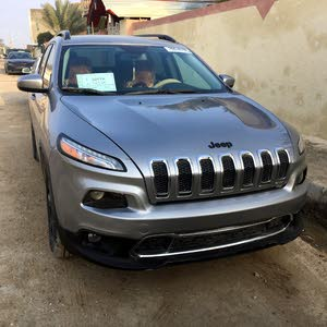 Grey Jeep Cherokee 2016 for sale