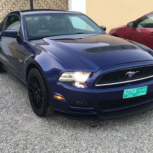 Ford Mustang car for sale 2013 in Al Khaboura city