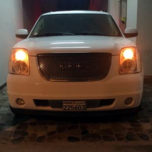 Used 2008 Yukon in Northern Governorate