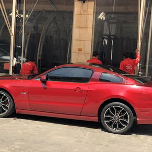 Maroon Ford Mustang 2013 for sale