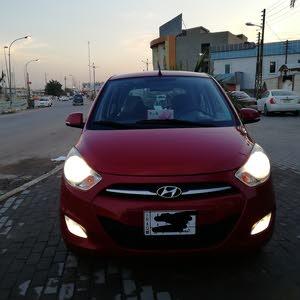 Automatic Hyundai 2015 for sale - New - Basra city