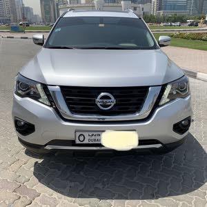 Nissan pathfinder silver 2018 for sale