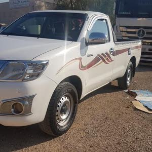 Manual Toyota 2013 for sale - Used - Madaba city