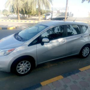 Used condition Nissan Tiida 2014 with 60,000 - 69,999 km mileage