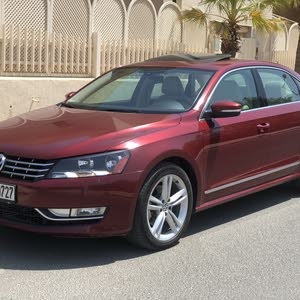 Volkswagen Passat car for sale 2015 in Hawally city