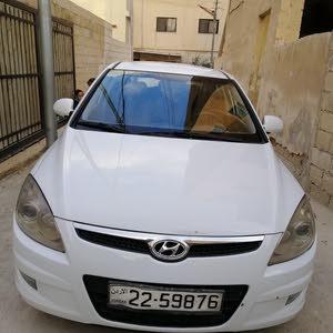 Hyundai i30 2009 For sale - White color