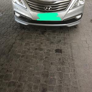 Used condition Hyundai Azera 2017 with 40,000 - 49,999 km mileage