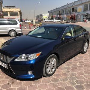 Lexus ES car for sale 2013 in Mubarak Al-Kabeer city