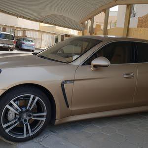 Automatic Gold Porsche 2012 for sale