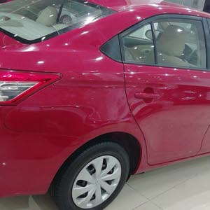 For sale 2015 Red Yaris