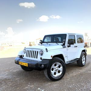 White Jeep Wrangler 2013 for sale