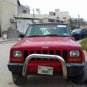 سلام عليكم  سيارة جيب  ماشية 112 كيلو
