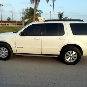 Mercury Mountaineer 2010 For sale - White color