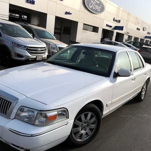 km mileage Ford Crown Victoria for sale
