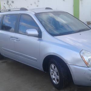 كيا سيدونا 2007/2008