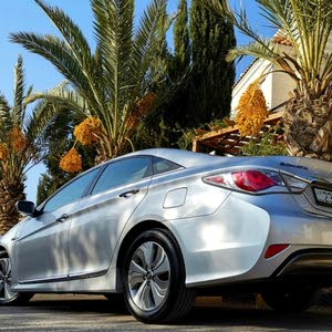 Hyundai Sonata car for sale 2013 in Amman city