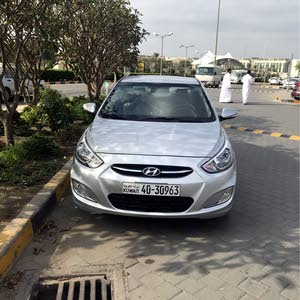 Hyundai Accent car for sale 2017 in Kuwait City city