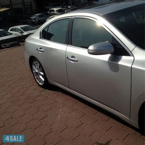 Nissan Maxima car for sale 2013 in Hawally city