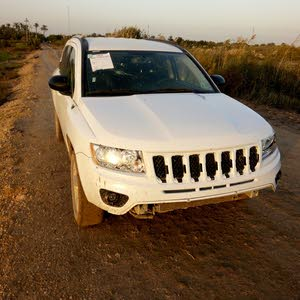 White Jeep Compass 2016 for sale