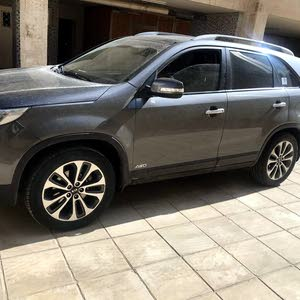 Used condition Kia Sorento 2013 with 0 km mileage