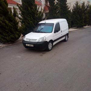 White Peugeot Partner 2009 for sale