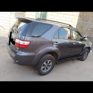 Automatic Toyota 2011 for sale - Used - Jeddah city