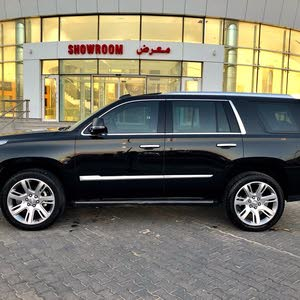 km Cadillac Escalade 2017 for sale