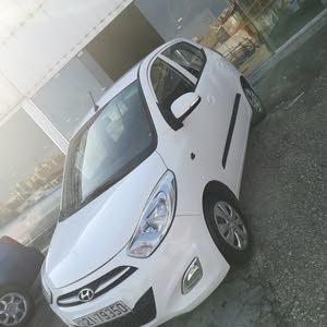 White Hyundai i10 2015 for sale