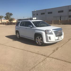 Automatic White GMC 2013 for sale
