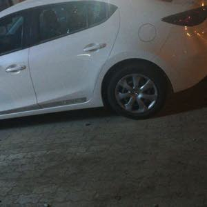 Mazda 3 2015 For sale - White color
