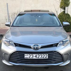 Automatic Silver Toyota 2016 for sale