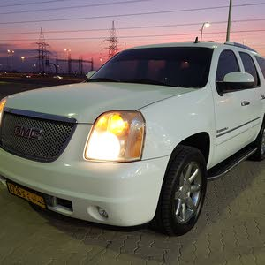 Used condition GMC Yukon 2008 with 150,000 - 159,999 km mileage