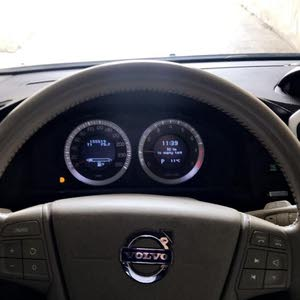 Volvo XC60 car for sale 2010 in Amman city