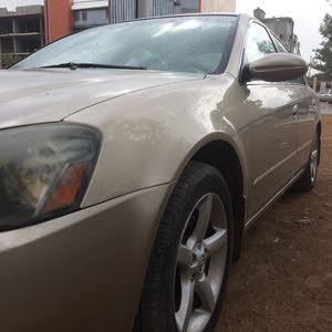 Used 2005 Altima for sale