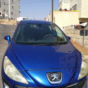 Automatic Peugeot 2010 for sale - Used - Amman city
