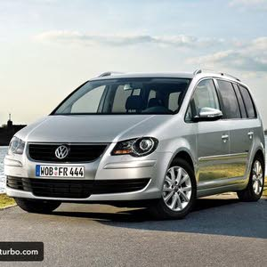 Used Volkswagen Touran in Tripoli
