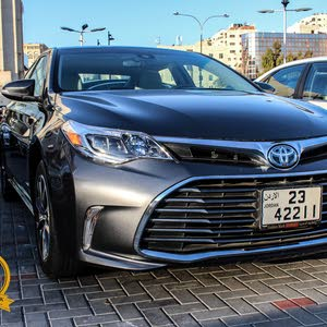 Toyota Avalon 2018 For sale - Grey color