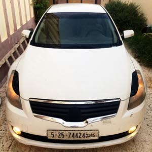2009 Used Altima with Automatic transmission is available for sale