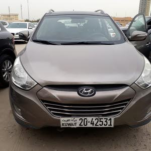 For sale 2013 Brown Tucson