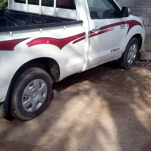 2006 Used Hilux with Manual transmission is available for sale