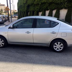 40,000 - 49,999 km Nissan Sunny 2015 for sale
