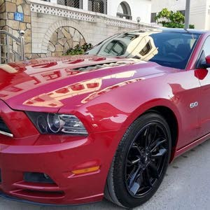 Used condition Ford Mustang 2013 with 70,000 - 79,999 km mileage