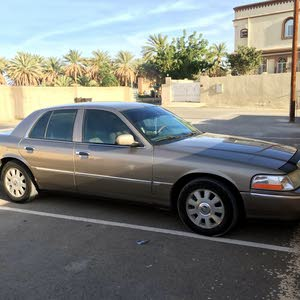 Available for sale! 1 - 9,999 km mileage Ford Crown Victoria 2004