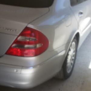 مرسيدس بانوراما E200 2004