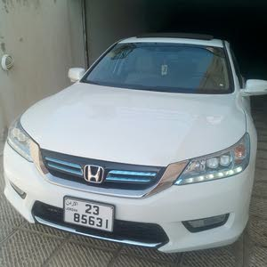 Used condition Honda Accord 2014 with 0 km mileage