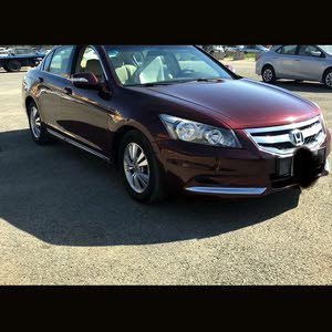 For sale 2009 Maroon Accord