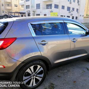 Kia Sportage 2011 For sale - Brown color