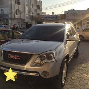 Used condition GMC Acadia 2007 with 150,000 - 159,999 km mileage