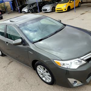 Automatic Green Toyota 2014 for sale