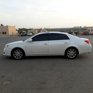 Used condition Toyota Avalon 2010 with +200,000 km mileage